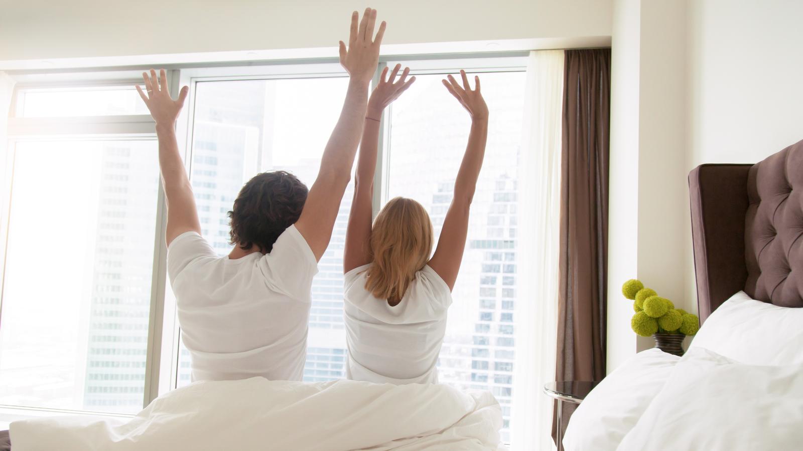 夫婦 カップル ベッドサイズ