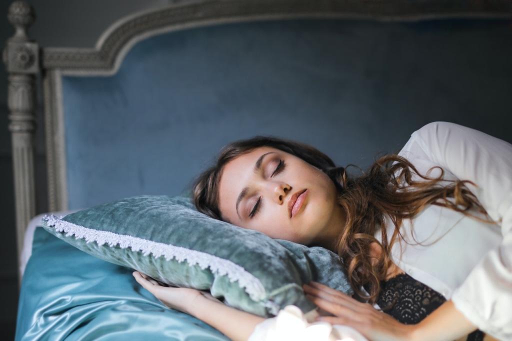 枕 正しい使い方