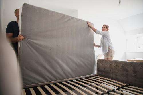 ベッドのクリーニングはプロに依頼すべき?料金・時間・選び方・おすすめサービスを紹介