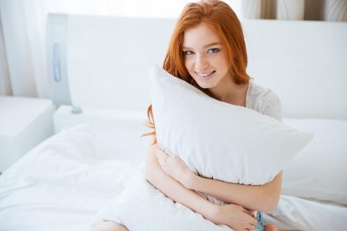枕の寿命はどれくらい?替え時の判断基準から長持ちさせる方法まで