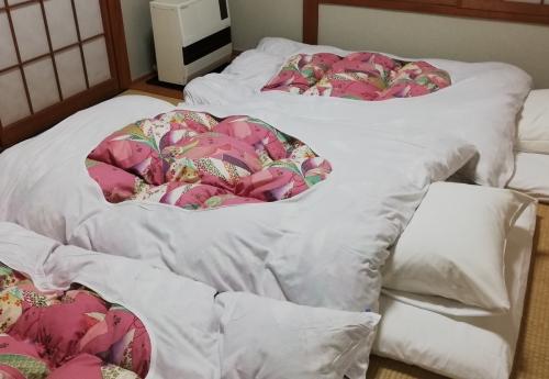 敷布団を畳で使いたい。選び方のポイントと硬さ別のおすすめ6選