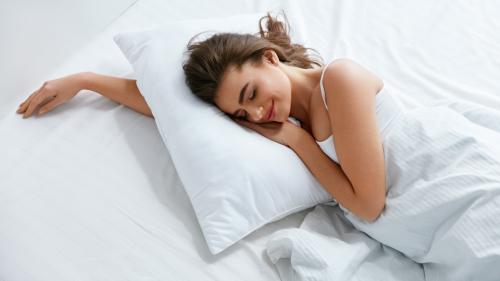 低反発枕のおすすめ7選。特徴や選び方・お手入れ方法も紹介