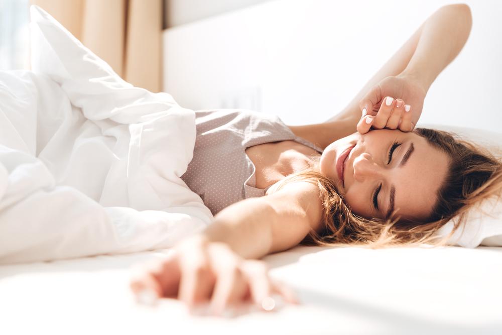 【硬めor柔らかめ】どちらのマットレスが自分に合う?腰痛の原因や選び方 | Sleepee(スリーピー)