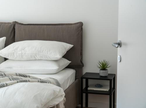 硬めな枕の特徴とは。選ぶポイントから素材別のおすすめ商品まで